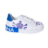 Кеды (31-36)- на шнурке,c cиним  рисунком на носке,на белой подошве,на пятке синяя вставка  с белыми буквами белый с синим кожа 164-260-03