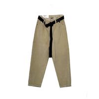 Джинсы (26-30) - Мом, велюровые, снизу выточки, со строповым черным ремнем бежевый хлопок 50058