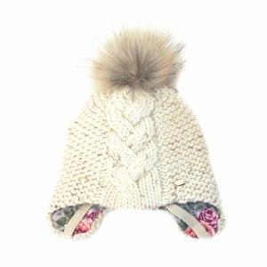 Шапка (утеплённая)- с завязками,букле с люриксом , посередине-крупная коса , енот-  меховой помпон молочный Шелли