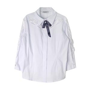 Школьная форма Блузка (7-20)-3/4,на рукаве-кружевная вставка,супатная застёжка, с синим бантиком белый сатен 11828