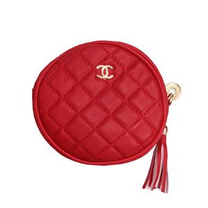 Сумка (маленькая)-Шанель, круглая с бубенчиком красный прессованная кожа 886