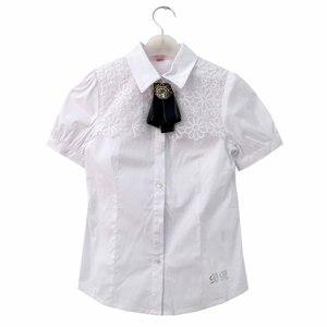 Школьная форма Блузка (15-23)-к-р, рукав фонарик, на кокетке шитье ромашка, с брошью и синим бантом. белый хлопок 782321