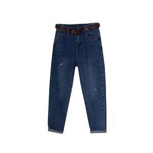 Джинсы (26-30)- Мом, с отворотами и царапками , с коричневым ремнём синий хлопок 7032